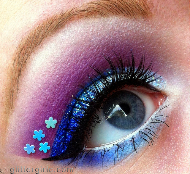 Sparkly Blue flower 2