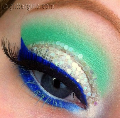 Ice Queen makeup look mint