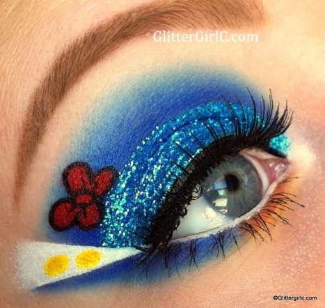 Donald Duck makeup look