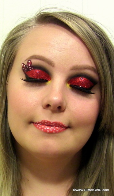 Minnie Mouse makeup look! | GlitterGirlC