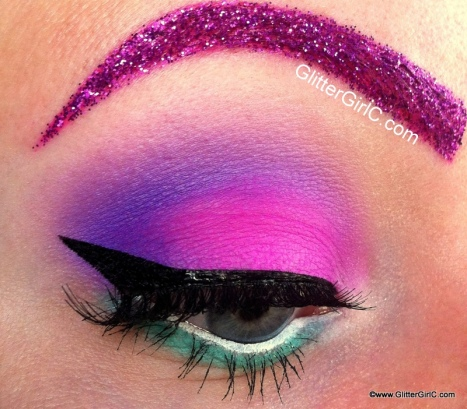Daisy Duck makeup look