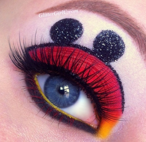 Mickey mouse makeup look