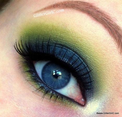 Star Crushed Minerals Green Smokey eye