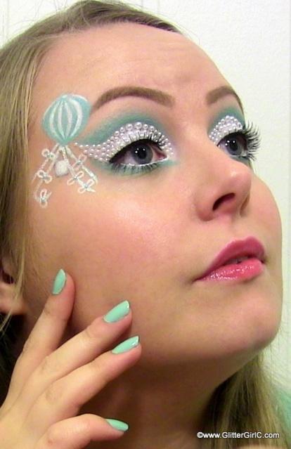 mint makeup look