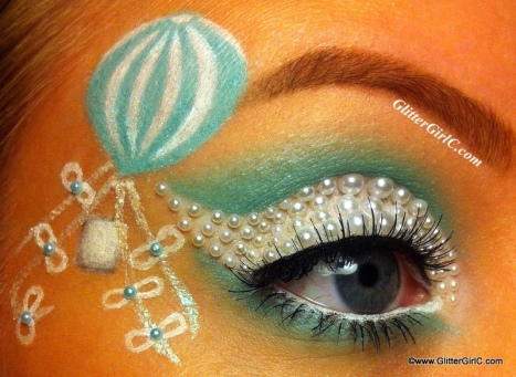 Mint and white air balloon makeup