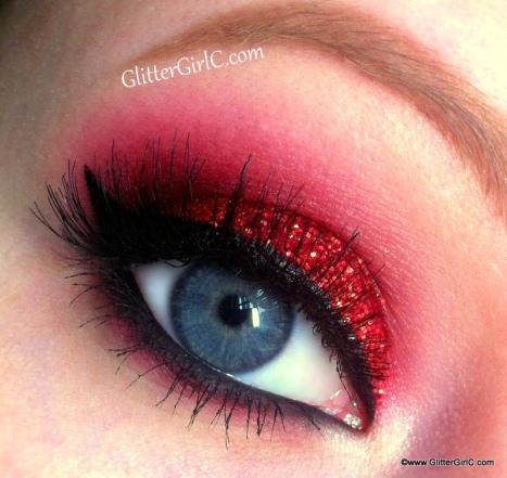 Glittery christmas makeup
