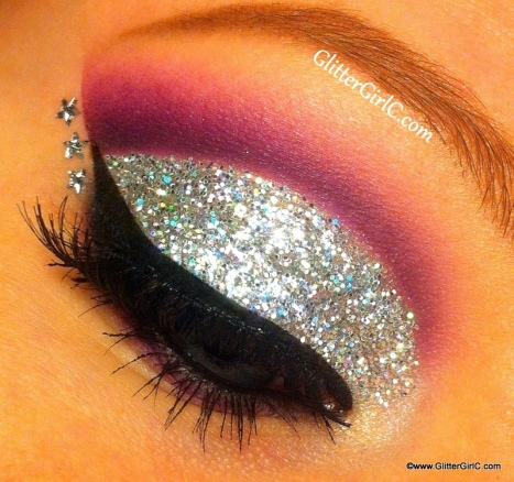 Glittery New Years Eve makeup look