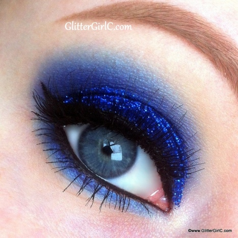 glittery blue makeup look