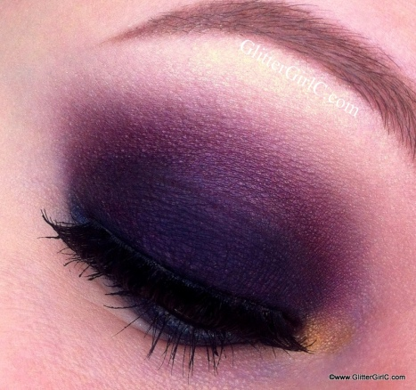 Cranerry smokey eye