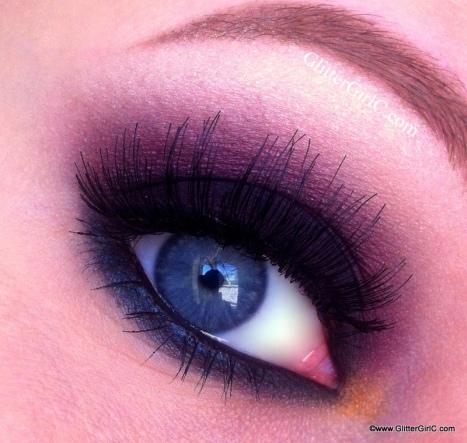Cranberry smokey eye