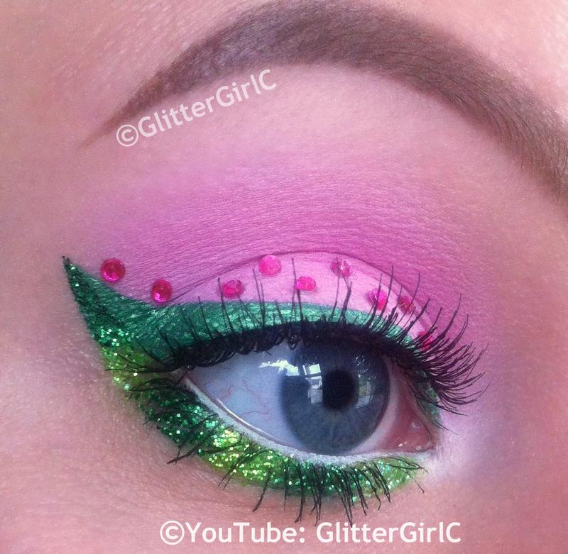 strawberry makeup