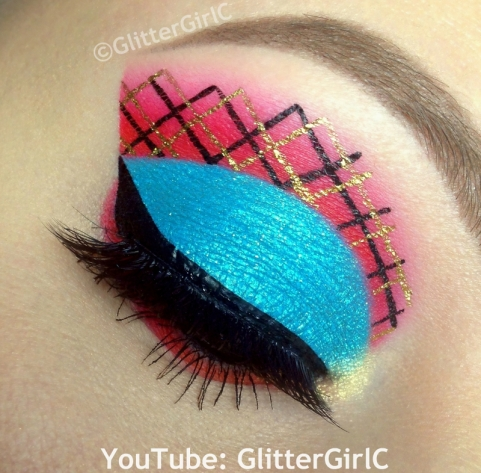 Lorna McNessie makeup