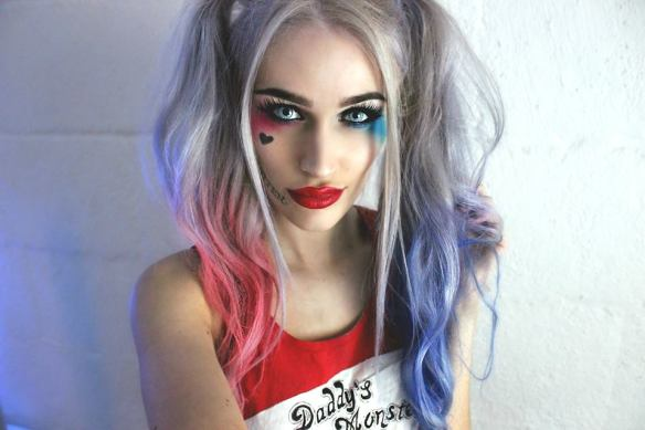 Elinsfxmakeup Harley Quinn makeup look Halloween