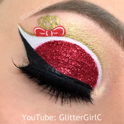 Ever After High Apple White makeup