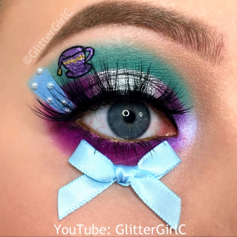 Ever After High Madeline Hatter Makeup look